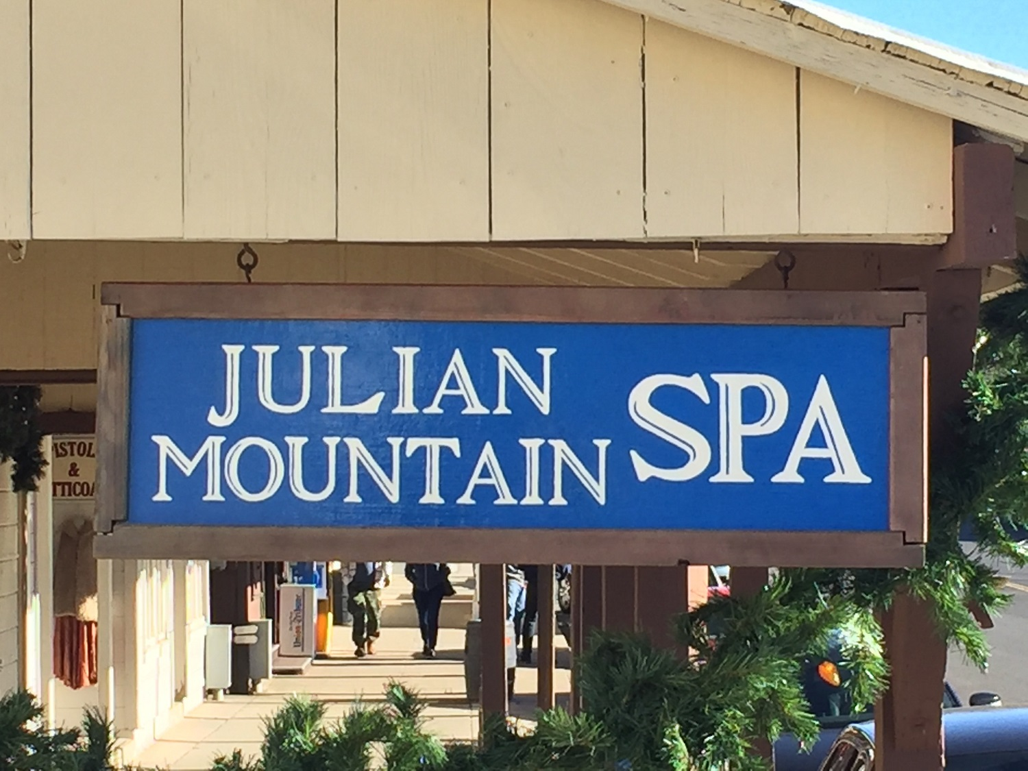 Julian Mountain Spa signage